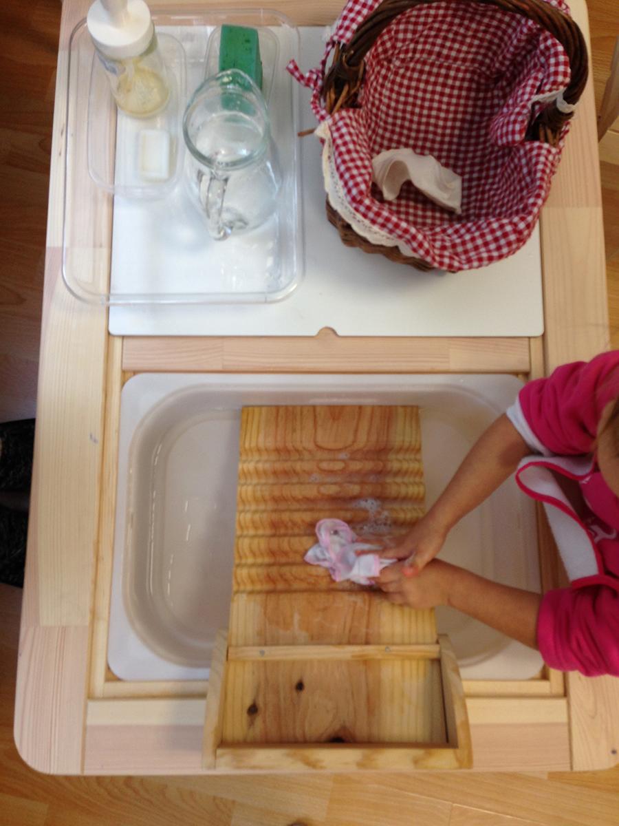 actividades de la vida diaria Montessori