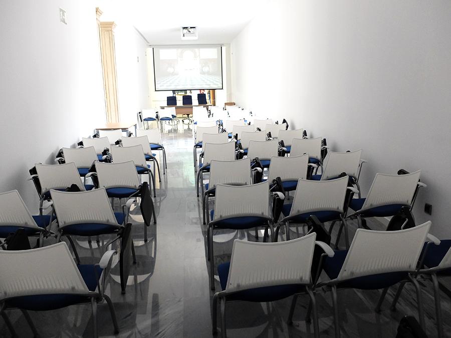 sala charlas Cuarto Real