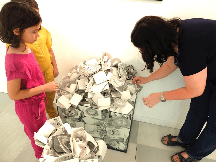 visitar un museo con niños