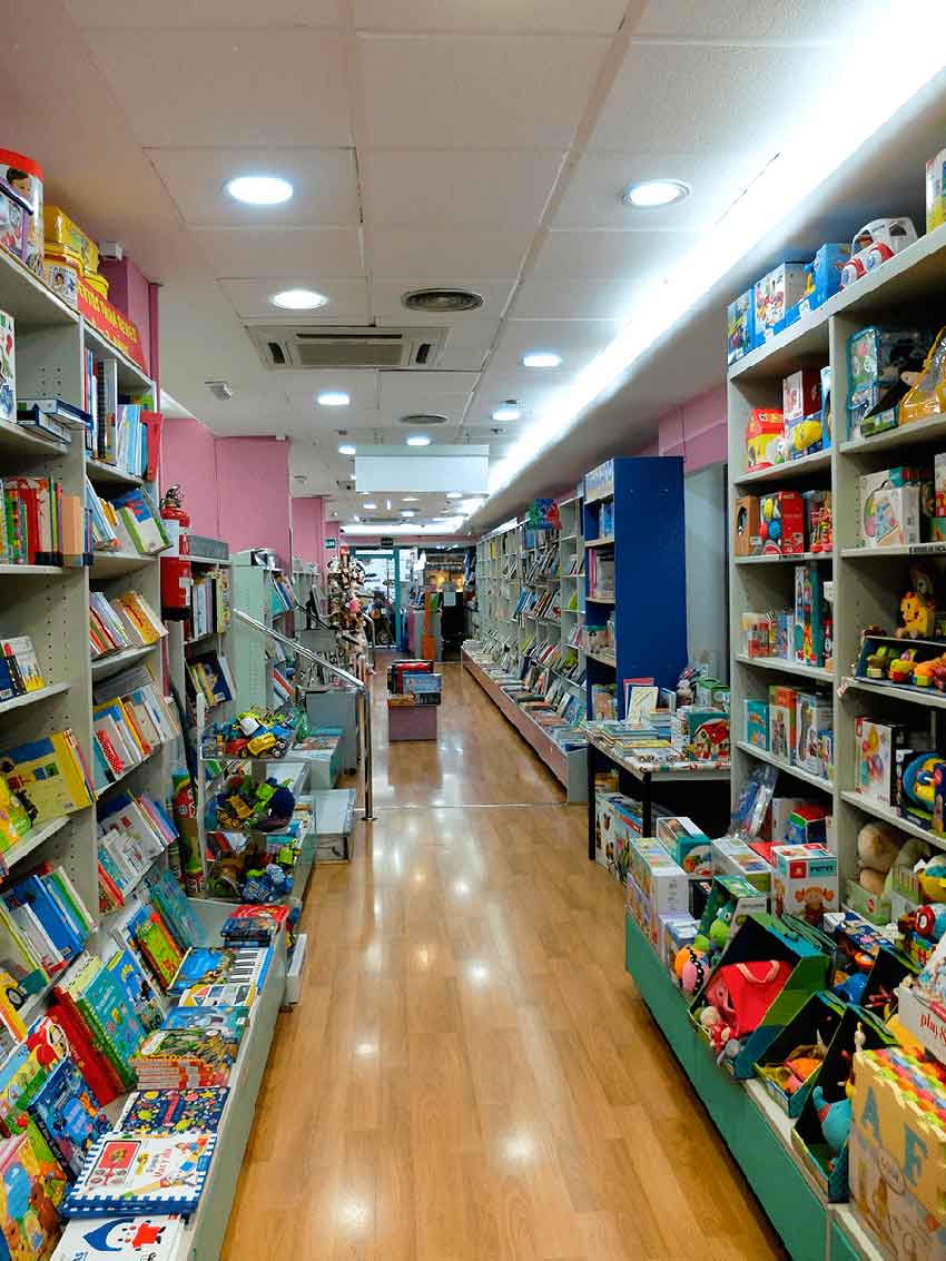 librería Imagina Granada