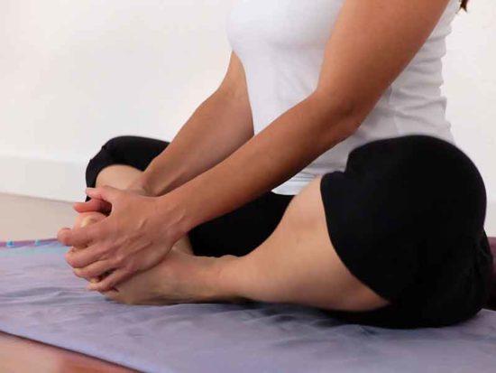 Yoga para embarazadas  el ejercicio consciente - ¿Embarazada ¿Con ... d219a3b92140