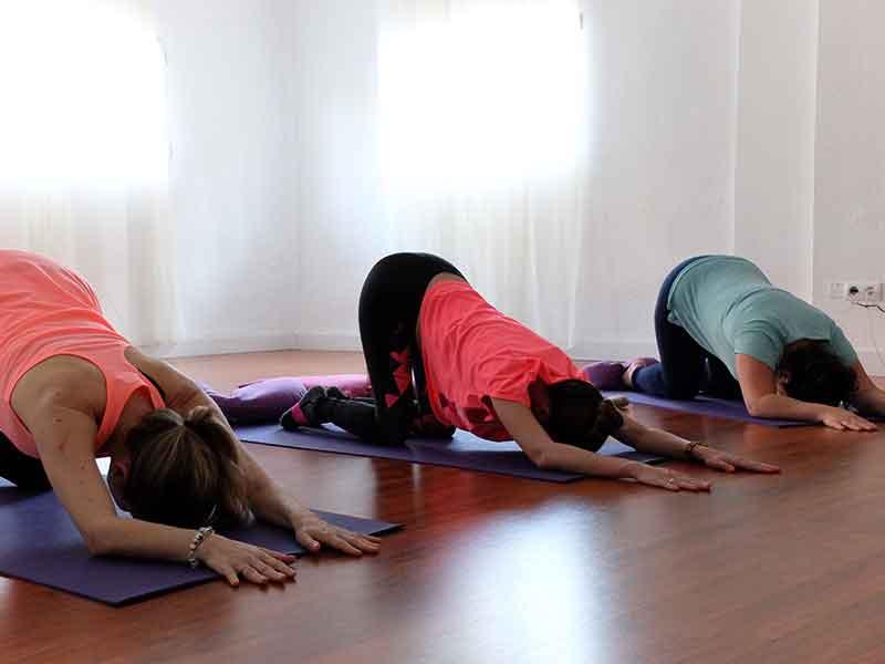 clase de yoga embarazadas Granada