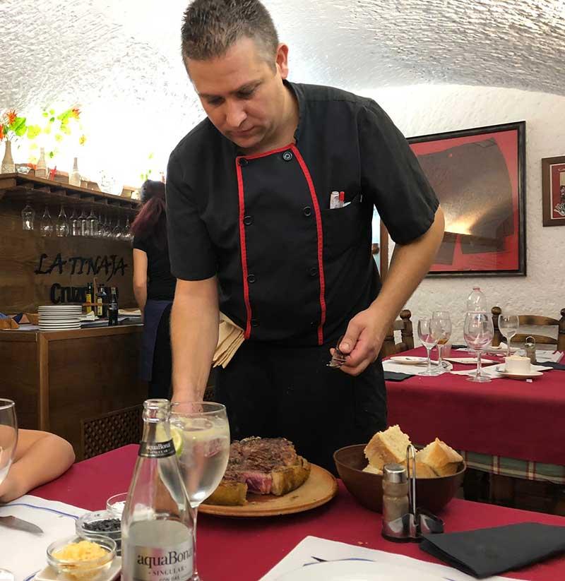 cocinero restaurante la Tinaja