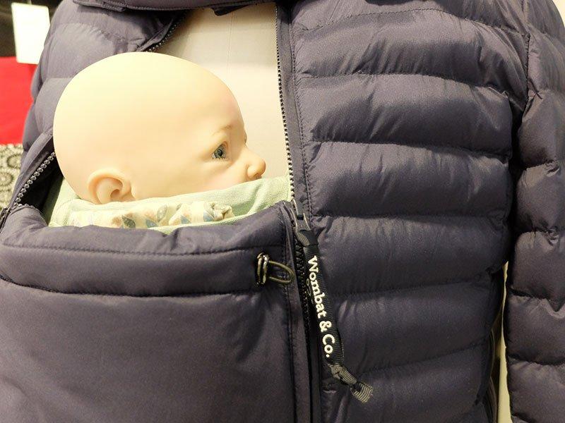 portear un bebé en invierno