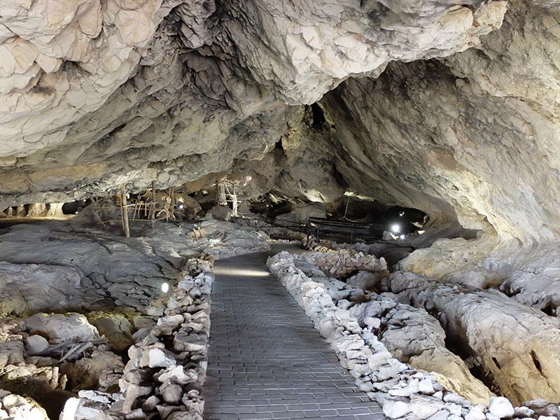 cuevas de Píñar