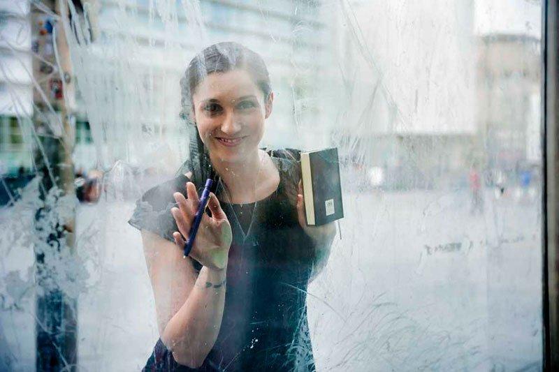 la mitad invisible Clara Peñaver