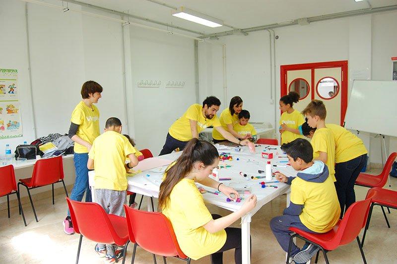 creatividad infancia Cruz Roja Loja