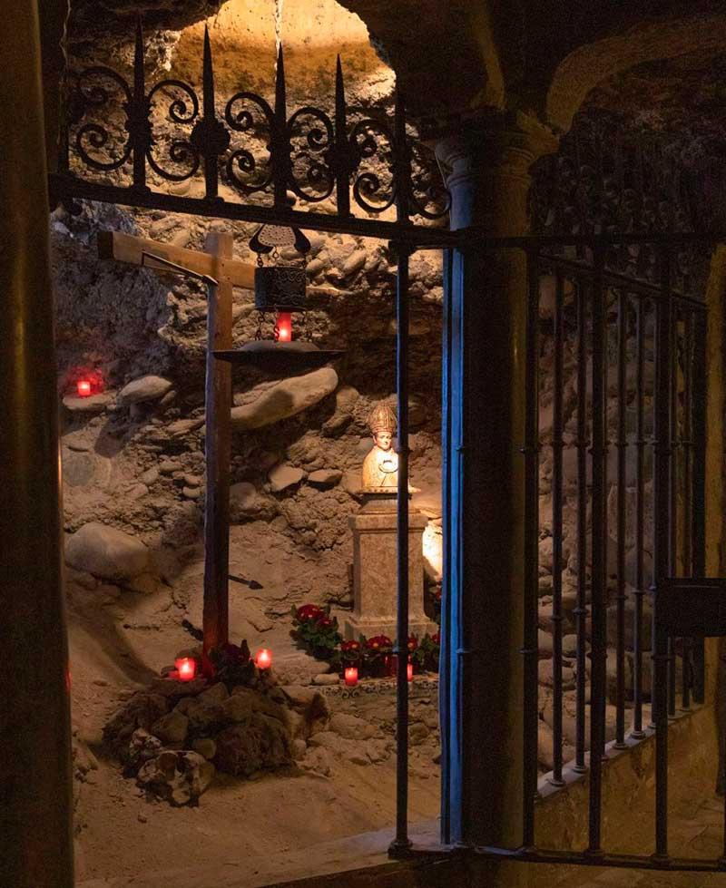 santas cuevas sacramente
