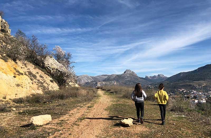 Nívar: turismo familiar y de naturaleza