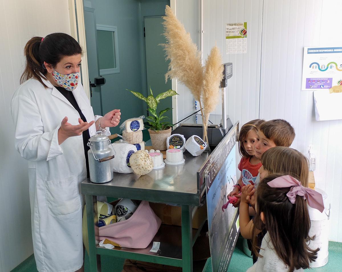 visita familiar quesería ecológica La Vieja Buchaca