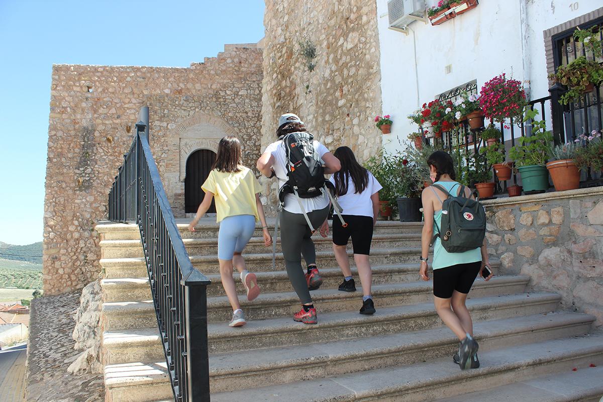 acceso castillo Íllora Granada