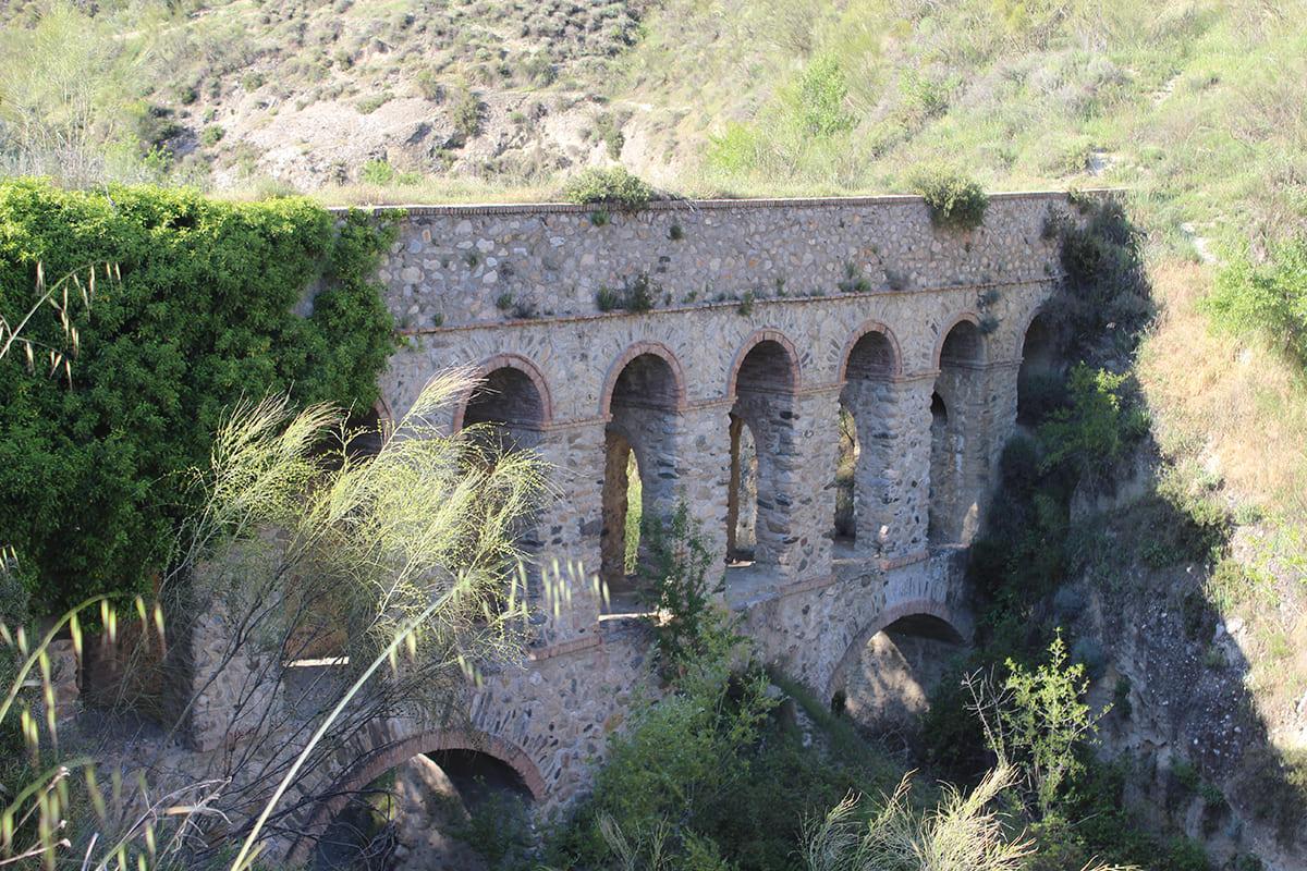 puente de línea Dúdar Granada